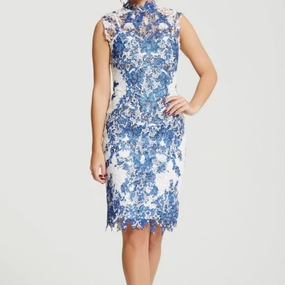 Paperdolls Dresses & Skirts - NWT's Paperdolls Chloe Lewis Collection dress